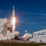 Lancering SpaceX Crew Dragon verplaatst.